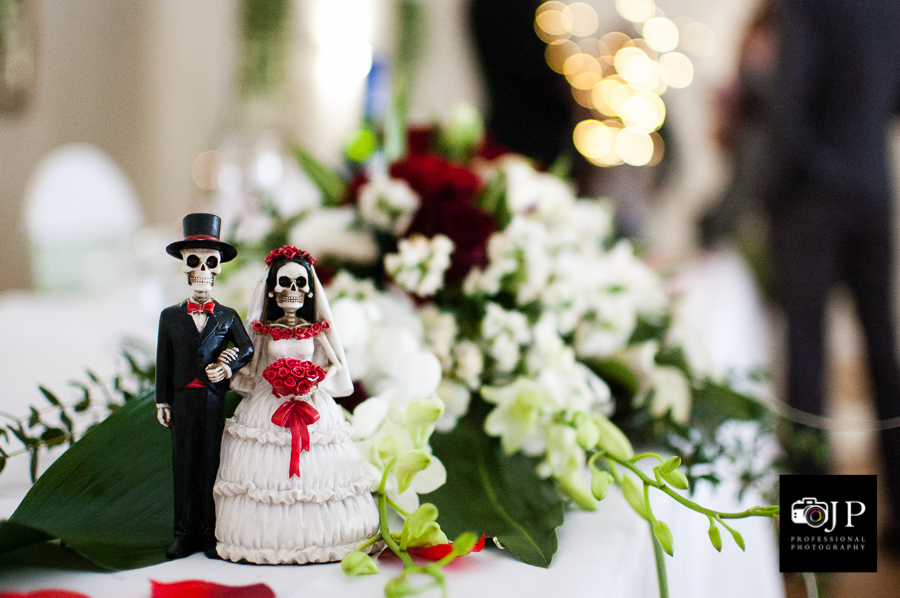 Skeleton Cake Topper